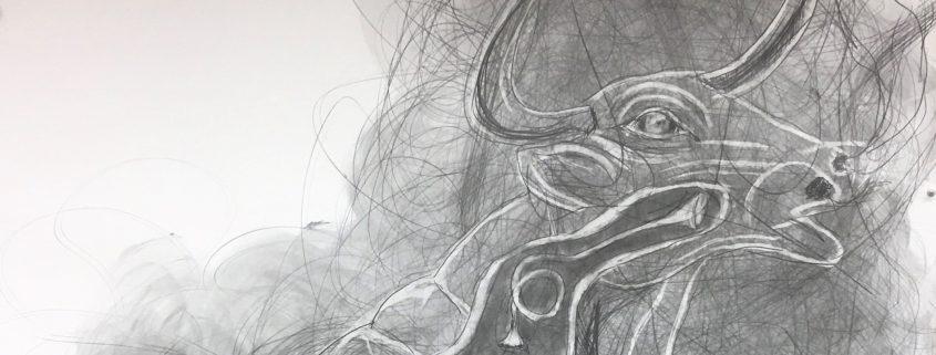 """Yksityiskohta Ilkka Sariolan teoksesta """"Brazen Bull - Kuparisonni"""", sarjasta Dies Irae Drawings, lyijykynä ja grafiitti paperille, 115 x 150 cm, 2020"""